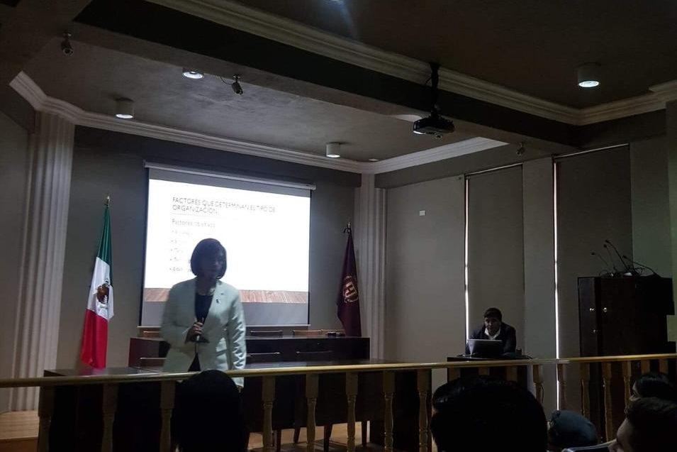 Conferencia: Organización de la Empresa.